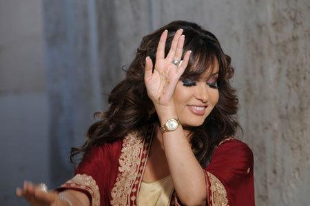 Photos of Latifa Tounsia - Page : 2/7